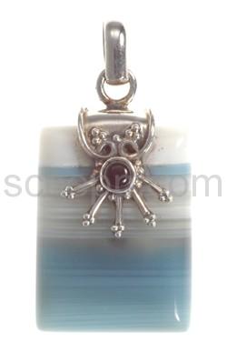 Anhänger, blauer Achat mit Onyx, rechteckig
