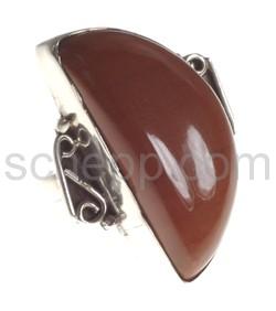 Ring mit Oligoklas, halbmondförmig