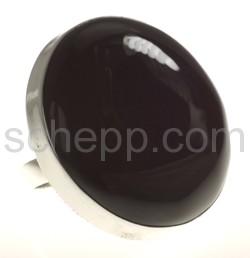 Ring mit großem Onyx, rund