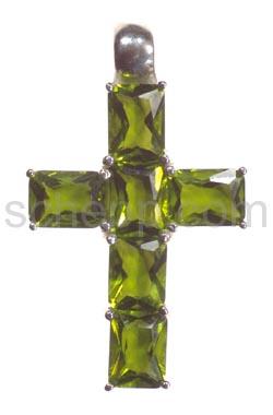 Anhänger, Kreuz mit hellgrünen Zirkonia