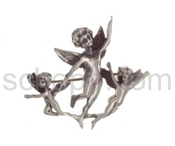 Brooch group of angels