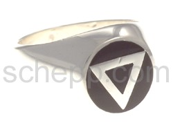 Seal ring triangle