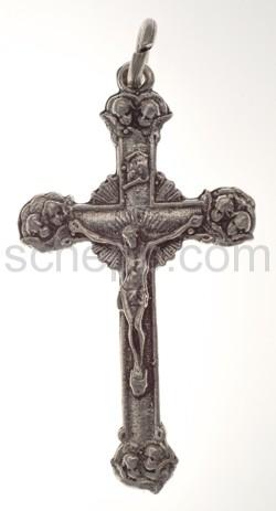 Anhänger, Kreuz mit Christus und Engelgesichtern