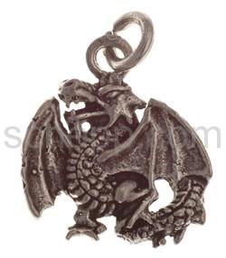Pendant flying dragon