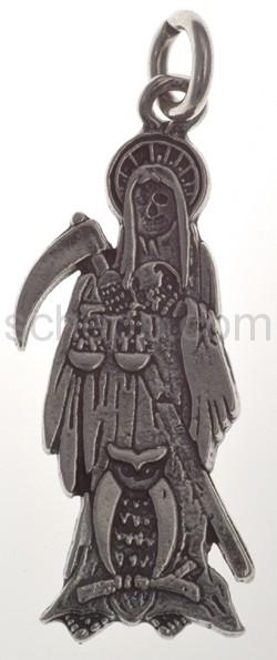 Anhänger, flache Totenfigur mit Sichel, Waage und Eule, mittelgr