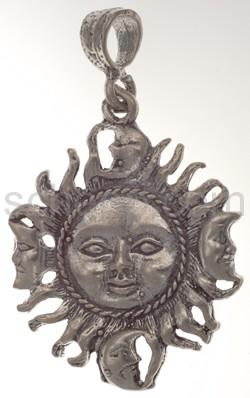 Anhänger, Sonne mit kleinen Monden