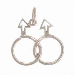 Anhänger, zwei ineinandergreifende Ringe mit Pfeilen