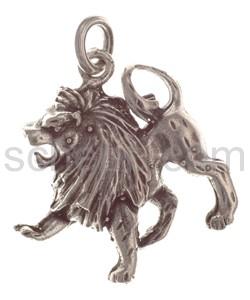 Pendant lion