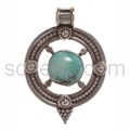 Pendant, turquoise, round with ornaments