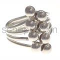 Ring aus Silberdraht mit Silberkugeln